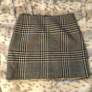 H&M tweed mini skirt